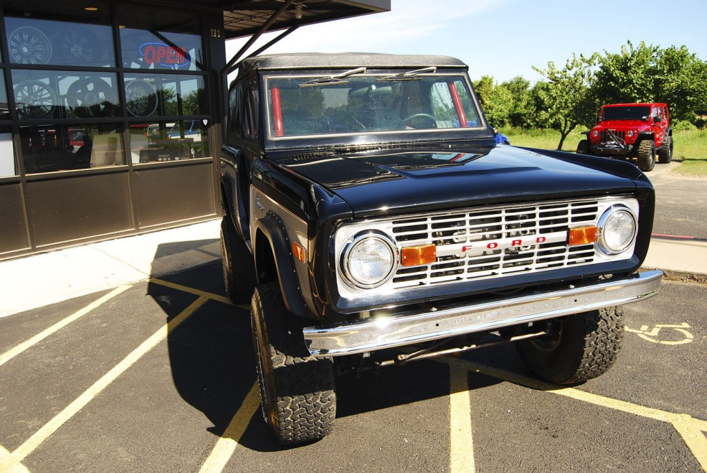 1973 Ford Bronco Softtop Roadster kit