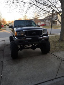 2004 Ford Ranger XLT Extended Cab Pickup 2 Door 4.0L Lifted 4×4 for sale