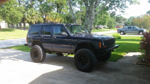 2000 Jeep Cherokee Sport 4×4 for sale