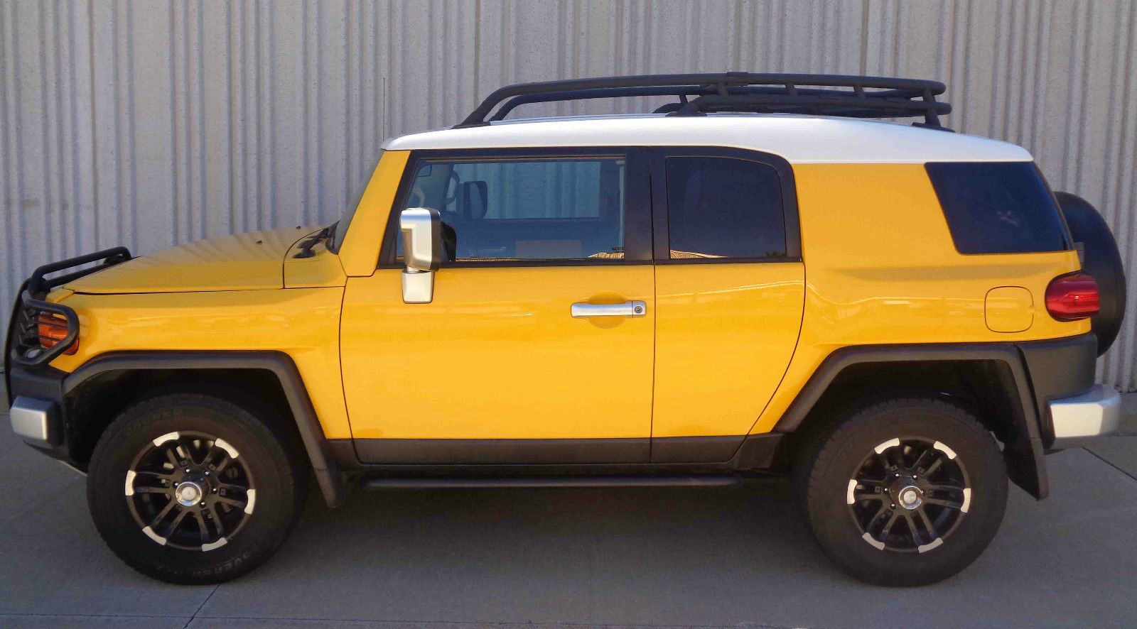2007 toyota fj cruiser 4 door for sale. Black Bedroom Furniture Sets. Home Design Ideas