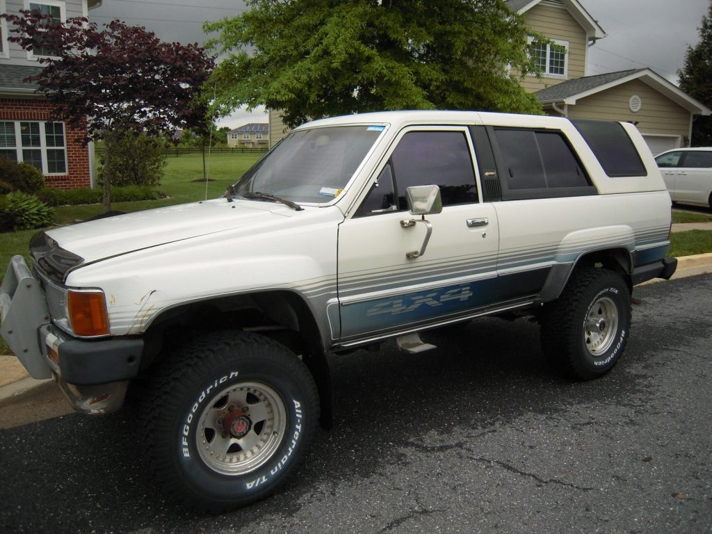 First Generation 1986 Toyota 4runner Dlx Sport Utility
