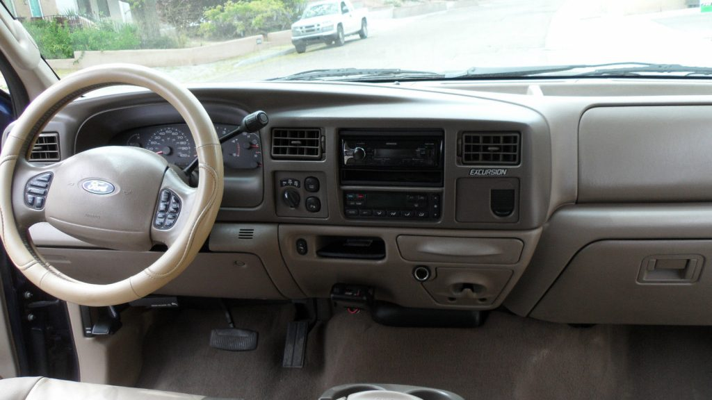 Loaded luxury 2004 Ford Excursion limited offroad