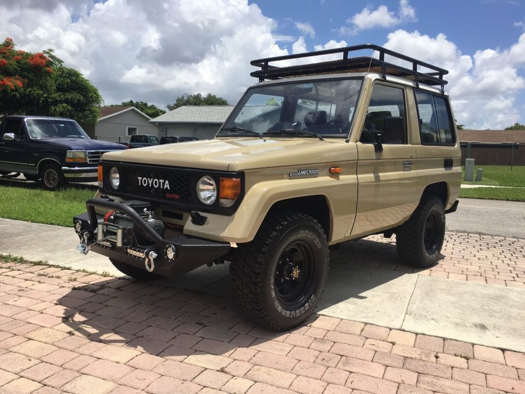restored 1986 toyota land cruiser 2 door swb offroad for sale. Black Bedroom Furniture Sets. Home Design Ideas