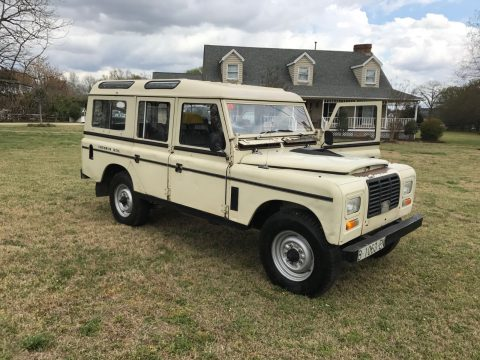clean 1980 Land Rover Defender Santana Series III offroad for sale