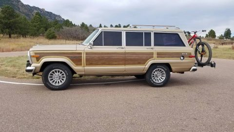 everything powered 1990 Jeep Grand Wagoneer offroad for sale