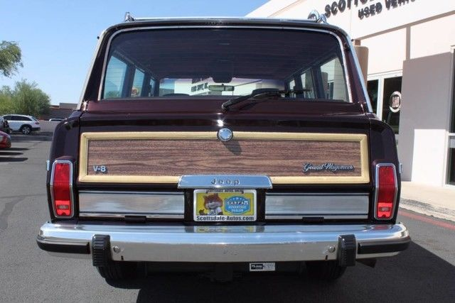 exceptionally clean 1989 Jeep Wagoneer Limited 4X4 offroad
