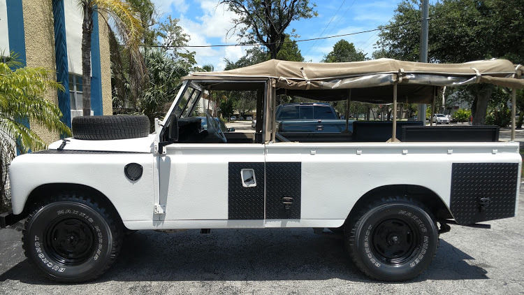 frame off restored 1973 Land Rover Defender Series III offroad