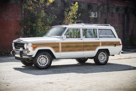 modified engine 1989 Jeep Grand Wagoneer for sale