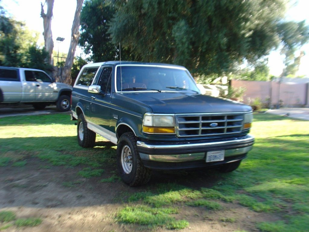 all original 1993 Ford Bronco Eddie Bauer offroad