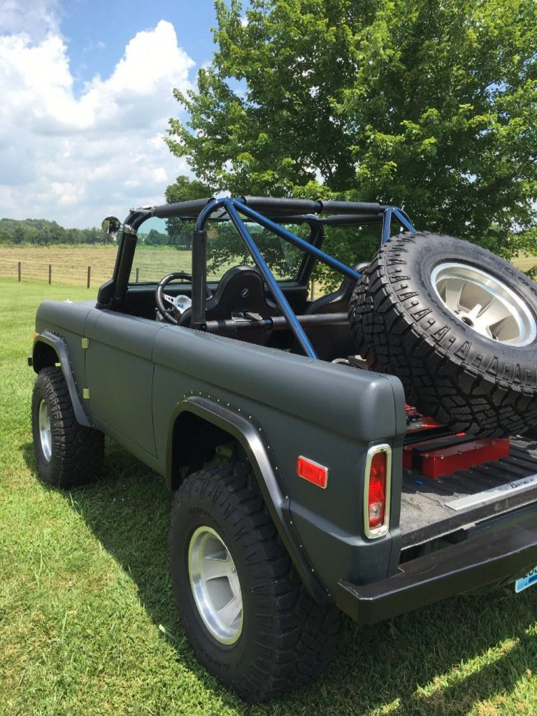 clean 1977 Ford Bronco offroad