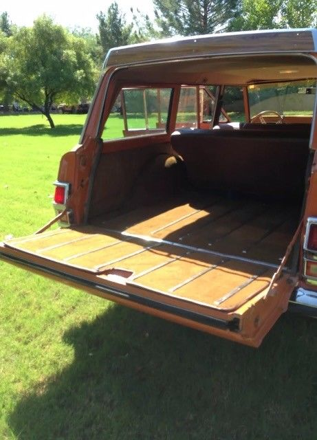custom 1977 Jeep Wagoneer offroad