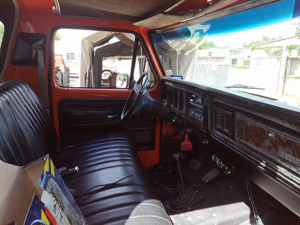 lots of new equipment 1979 Ford Bronco XLT offroad