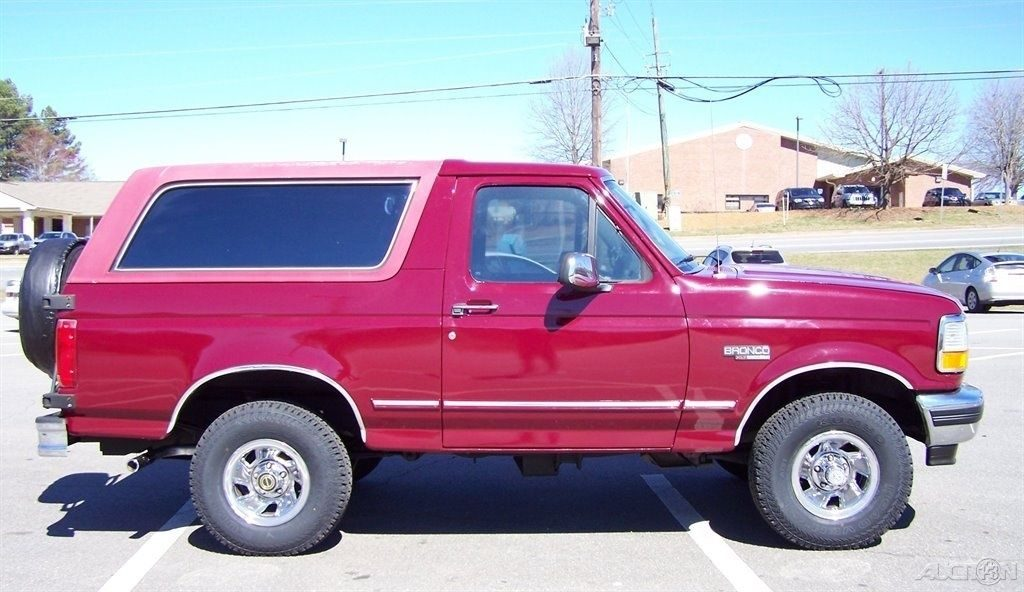 original 1993 Ford Bronco XLT offroad