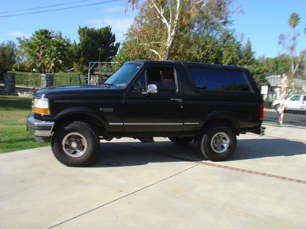 original 1994 Ford Bronco XLT offroad