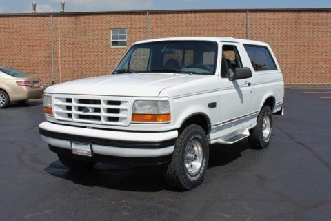 very nice 1995 Ford Bronco XLT offroad for sale
