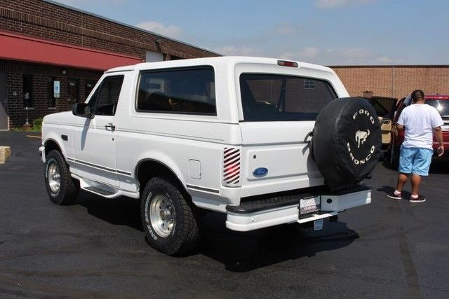 very nice 1995 Ford Bronco XLT offroad
