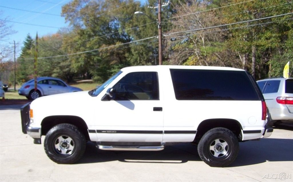 very reliable 1993 GMC Yukon offroad