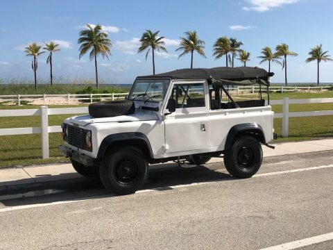 excellent 1986 Land Rover Defender 90 Soft Top offroad for sale