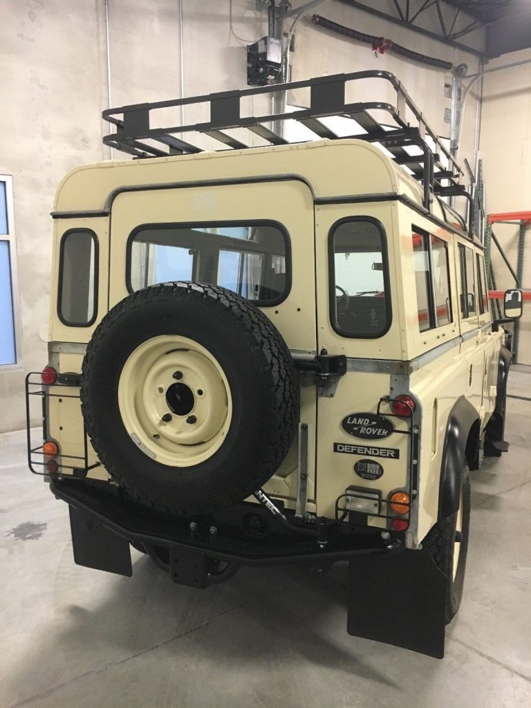 frame off restored 1984 Land Rover Defender 110 offroad ...