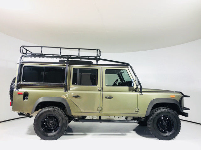 recently overhauled 1993 Land Rover Defender offroad