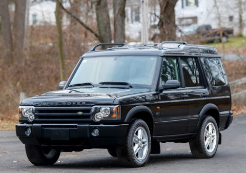 super clean 2003 Land Rover Discovery SE7 offroad for sale