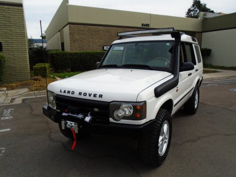 brand new tired 2004 Land Rover Discovery SE offroad for sale