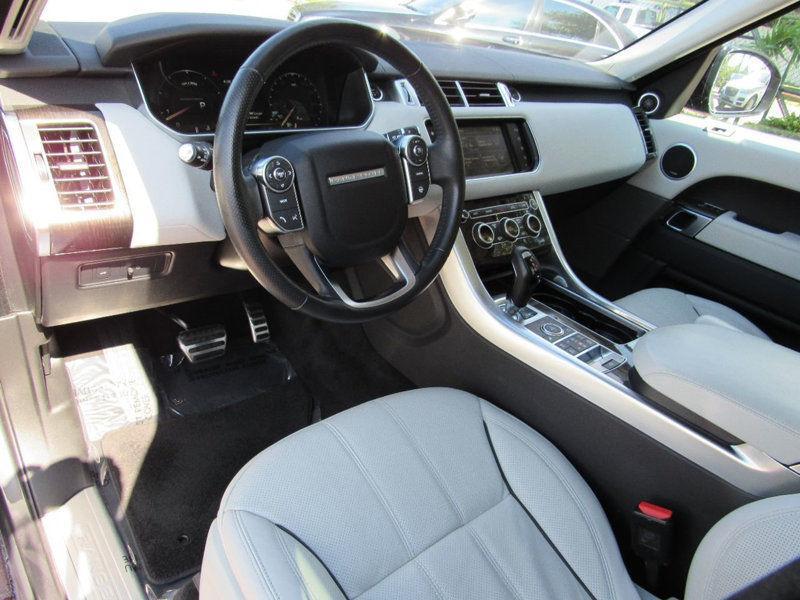 loaded 2016 Range Rover Sport 4WD V8 offroad