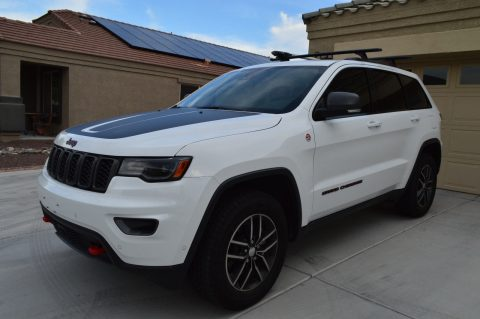 low mileage 2017 Jeep Grand Cherokee Trailhawk offroads for sale