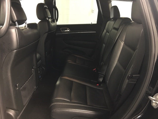 low miles 2017 Jeep Grand Cherokee Limited offroad
