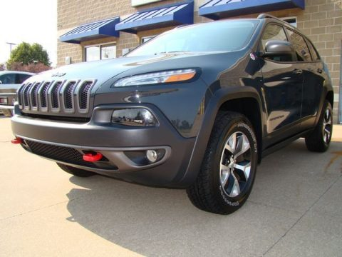 well optioned 2017 Jeep Cherokee Trailhawk L Plus offroad for sale