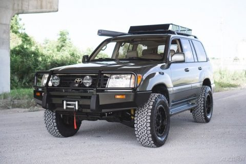 fresly built 2000 Toyota Land Cruiser offroad for sale