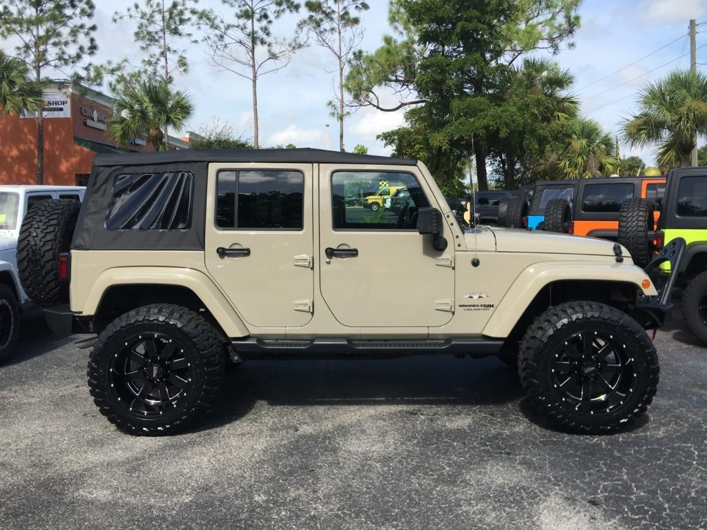 loaded 2018 Jeep Wrangler Unlimited Sahara offroad