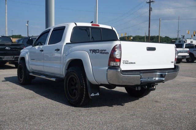 low miles 2015 Toyota Tacoma offroad