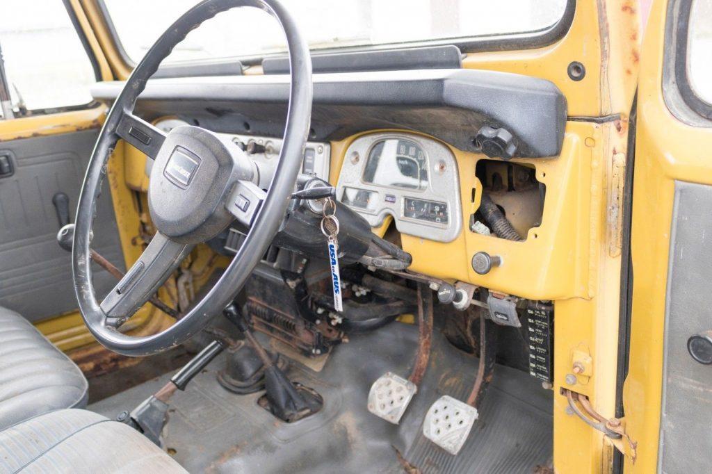needs restoration 1982 Toyota Land Cruiser BJ42 offroad