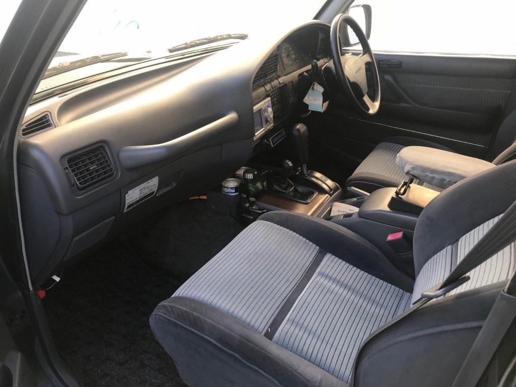 good shape 1991 Toyota Land Cruiser HDJ81 offroad