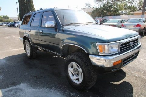 some dents 1995 Toyota 4runner SR5 V6 offroad for sale