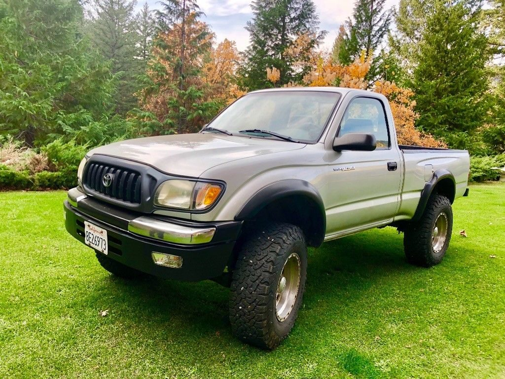 new paint 2003 Toyota Tacoma offroad