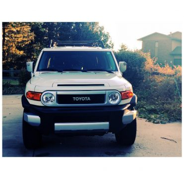 loaded 2014 Toyota FJ Cruiser offroad for sale