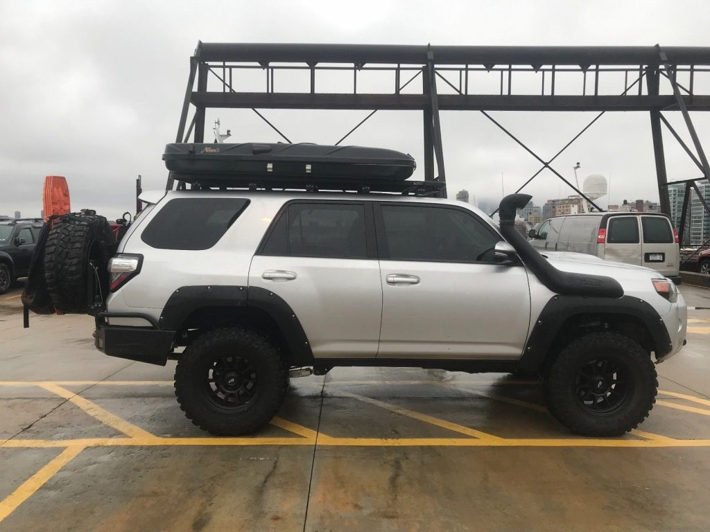 perfect shape 2015 Toyota 4runner Trail offroad