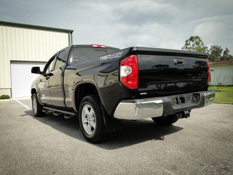 super clean 2015 Toyota Tundra offroad