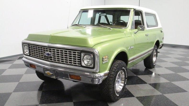 super clean 1972 Chevrolet K5 Blazer offroad