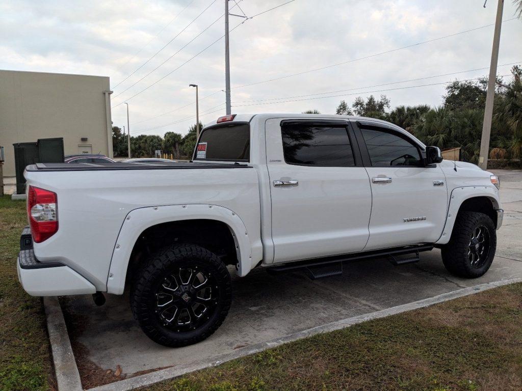 custom 2018 Toyota Tundra Limited offroad