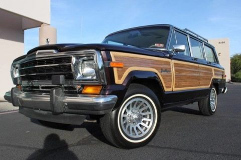 well serviced 1990 Jeep Grand Wagoneer offroad for sale