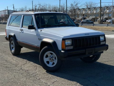 rare 1995 Jeep Cherokee Sport 2 DOOR offroad for sale