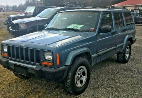 rust free 1999 Jeep Cherokee Sport offroad for sale