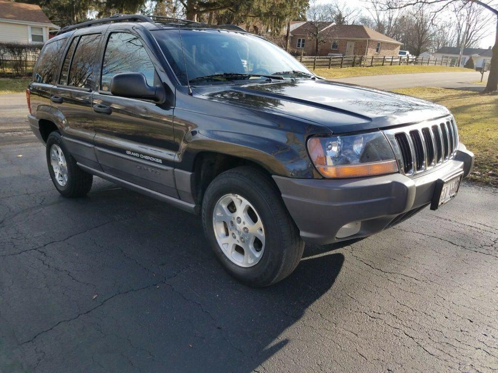 very nice 1999 Jeep Grand Cherokee Laredo offroad