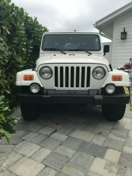low miles 2000 Jeep Wrangler Sahara offroad for sale