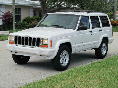 nice and clean 2000 Jeep Cherokee Limited offroad for sale