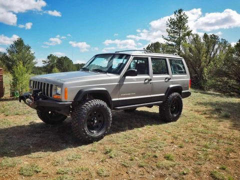 low miles 2001 Jeep Cherokee Sport offroad for sale