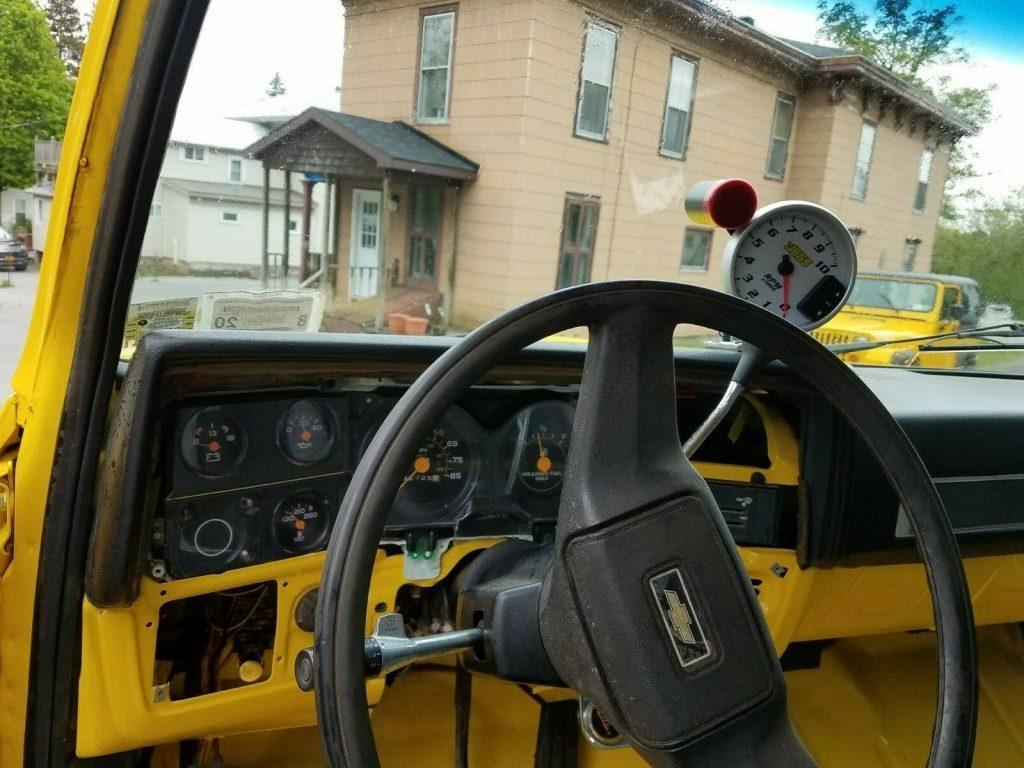 restored 1985 Chevrolet C/K Pickup 2500 K10 offroad